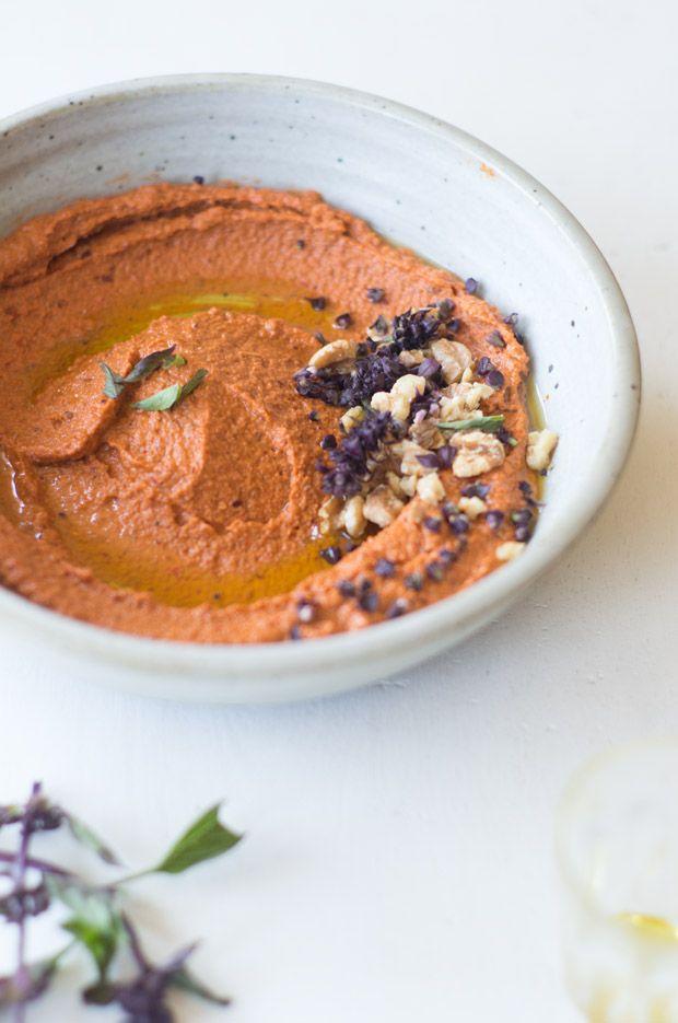 Muhammara -- Syrie poivron rouge noisette pâte de tomate humus hummus houmous légume trempette accompagnement moyen-orient