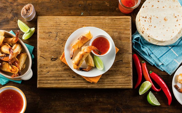 These fire prawn taquitos are a delicious go-to for cocktail parties and entertaining. Juicy jumbo prawns in soft and fluffy wraps, deep-fried until they reach crisp, golden brown perfection. Serve with sweet chilli sauce for an extra flavour hit.