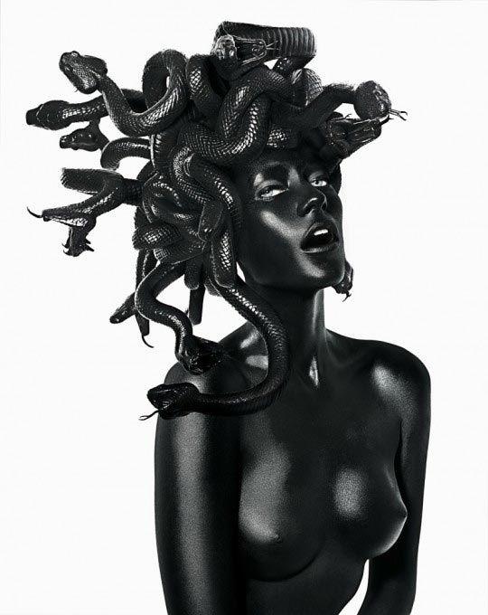 Damien Hirst & John Rankin Waddell, Medusa ©