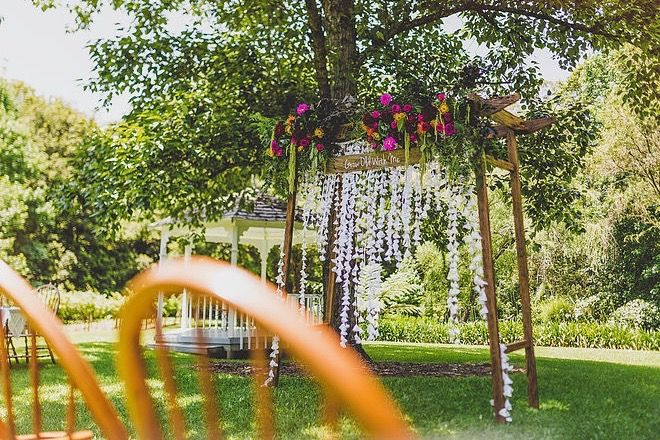 Boho and Bright Ceremony Arbor Arrangement // Wedding Arbor supplied and installed by Rustic Character Wedding Hire // Photography by Gez Xavier Mansfield Photography // Venue Firescreek Winery.