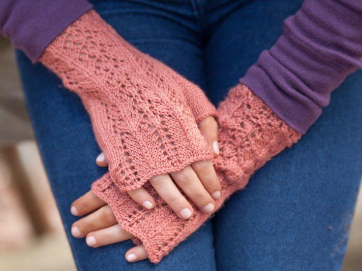 310 Best Knitted Gloves Mittens Images On Pinterest Fingerless
