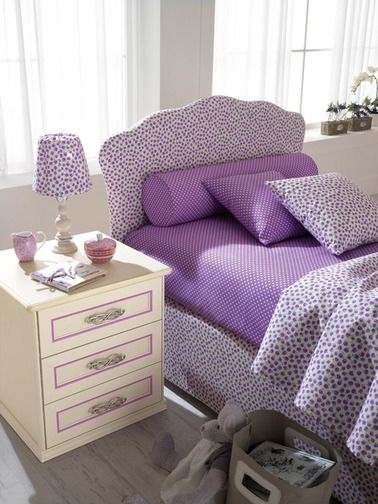 A space for dreaming designed with heart, where every corner is magical. This is the solution for bedroom furnishing Romantica. http://www.spar.it/sp/en/arredamento/camerette-rom-100.3sp?cts=camerette_romantica#prettyphoto[gallery_138]/0/?utm_source=pinterest.com&utm_medium=post&utm_content=notte-camerette-romantica&utm_campaign=pin-camerette