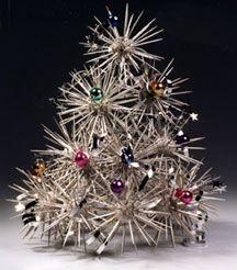 Toothpicks and foam balls=Starburst Tree Silver Centerpiece #tutorial