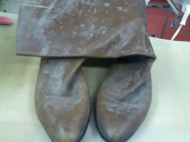 How To Clean Mildew Off Leather Shoes