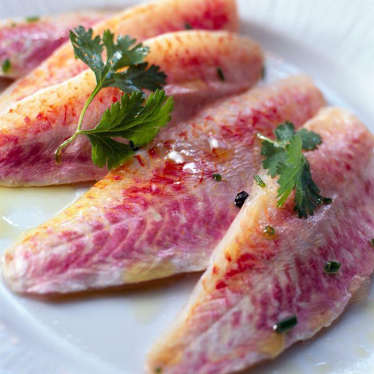 Découvrez la recette Filets de rougets marinés sur cuisineactuelle.fr.