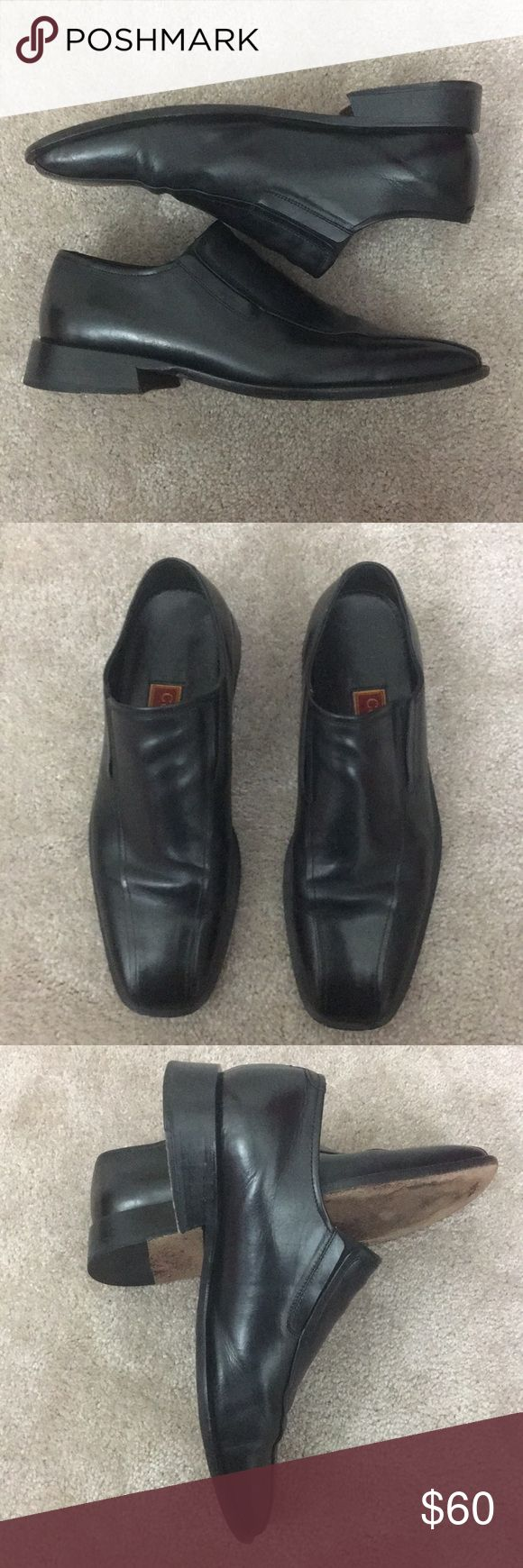 Cole Haan men's black loafers size 10.5 Classic black Cole Haan loafers. Perfect for casual or dressy events. Size 10.5 Cole Haan Shoes Loafers & Slip-Ons