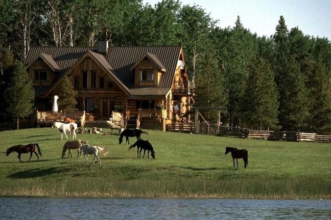 Have a beautiful western themed house w land and animals for Beautiful ranch houses