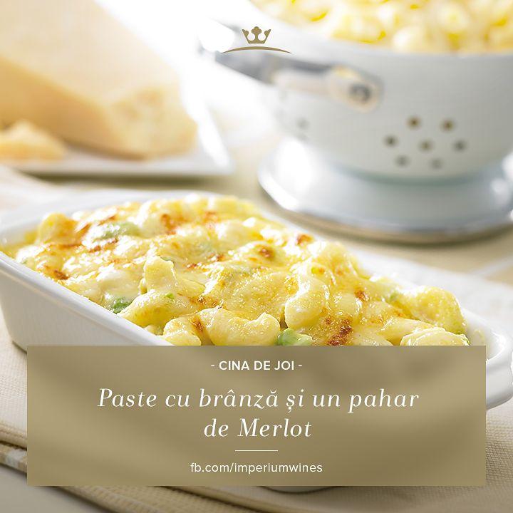 Ce vin ar merge cu paste cu brânză? Noi pariem pe Merlot: http://lovewine.ro/vinuri/vinuri-romanesti/imperium-wines/imperium-wines.merlot-1876.html