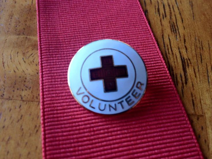 American Red Cross Volunteer Pin