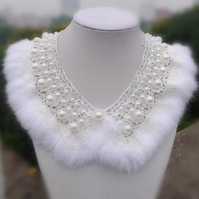 Rabbit fur collar with pearls / Jewelry Streeta