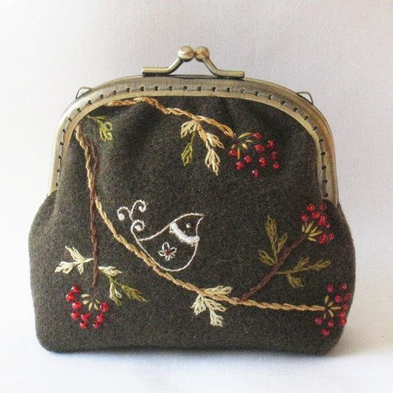 A Christmas Quail Coin Purse PDF  Pattern by HanhansStitching, $9.00