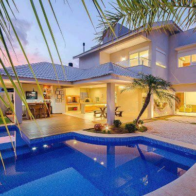 dream house and pool #home For guide + advice on lifestyle, visit http://www.thatdiary.com/