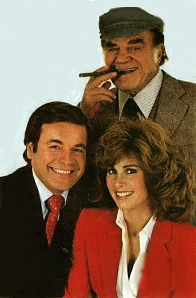 Hart to Hart - Jonathan and Jennifer Hart, a wealthy couple who moonlight as amateur detectives. Living the jet-set lifestyle, the glamorous couple spent their free time as amateur detectives and find themselves involved in cases of smuggling, theft, international espionage, or most commonly, murder. At their opulent California estate, they were assisted by Max.