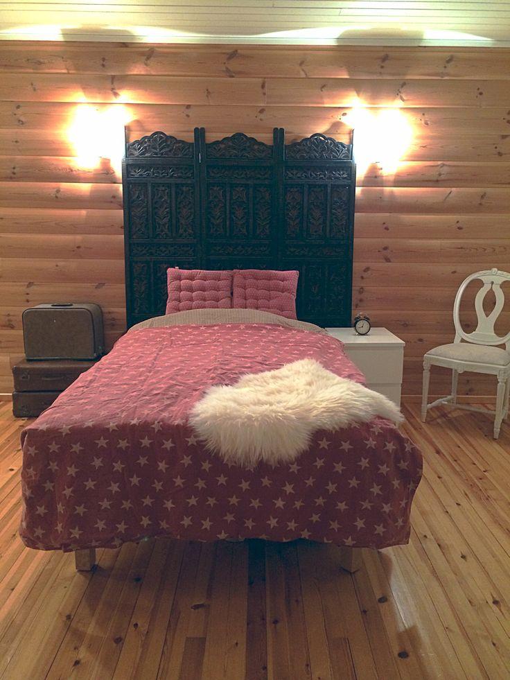 American vintage style bedroom