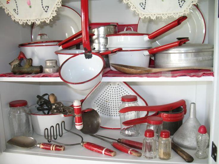 Small Hoosier Cabinet - Flour Sifter And Upper Part Photo by sldavis1952   Photobucket