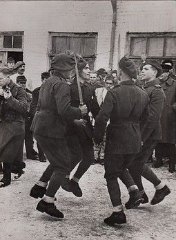 Romanian soldiers, mountain troops, celebrating new year 1943/44.  Credit: ebay.de/alte-postkarte