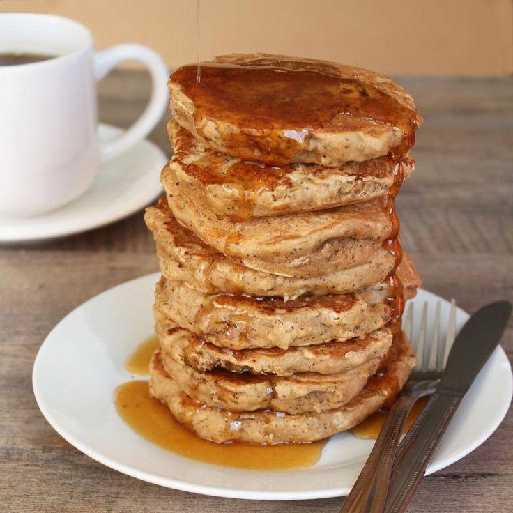 Earl Grey Vanilla Tea Pancakes with Honey Tea Syrup (aka London Fog Pancakes) by @Cuttingboardnat