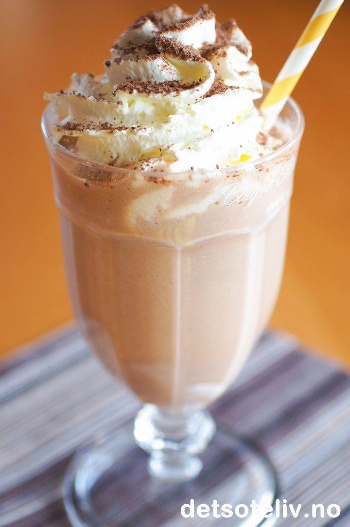 Banana Chocolate Milkshake | Det søte liv