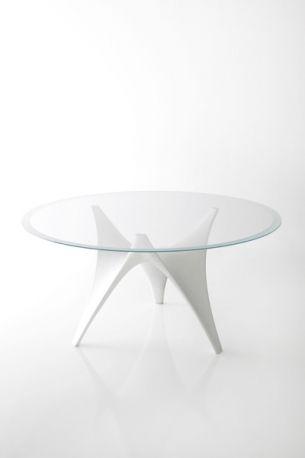 Tavolo Arc di Foster + Partners per Molteni&C - Il design made in Italy salpa sulla portaerei italiana Cavour.