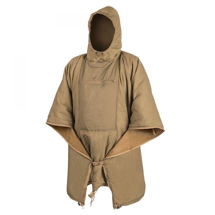 Swagman Roll® ist keine gewöhnliche Decke. Es ist eher ein Multifunktionswerkzeug, das überall dort Anwendung findet, wo eine warme Abdeckung benötigt wird. Sie können ihn als Poncho-Liner, als Notschlafsack, als regulären Schlafsack, als Decke, als Unterdecke der Hängematte oder als langen, warmen stand-alone Mantel tragen.