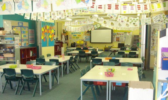 Team teaching  2KM 2KJ classroom