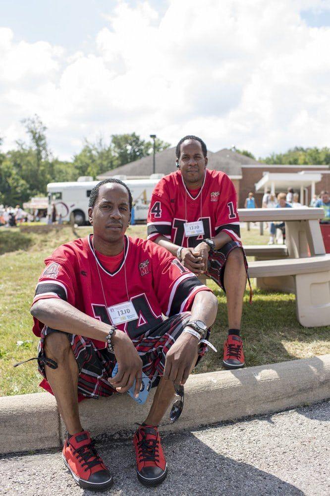 ежегодный фестиваль близнецов, как две капли, близнецы фото