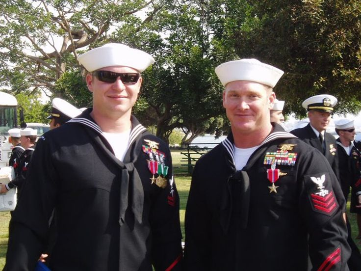Chris Kyle Medals | The 'American Sniper' I Knew: Kevin Lacz on Fellow Navy SEAL Chris ...