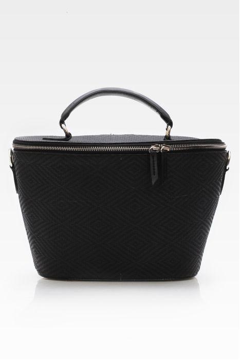 Minka bucket bag #handbag #taswanita #bags #fauxleather #kulit #messengerbag #anyam #trendy #bucket #stylish #simple #black