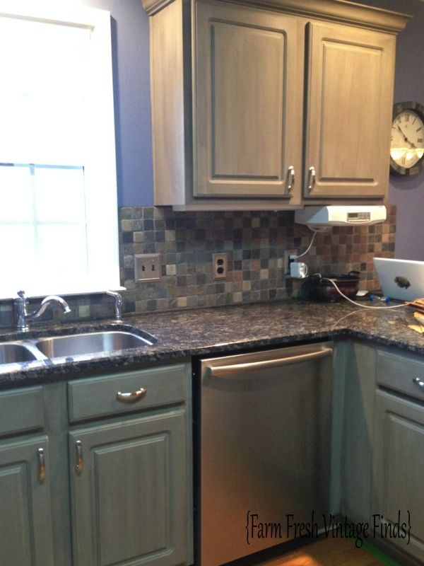 Thermofoil kitchen painted in Annie Sloan French Linen with dark glaze