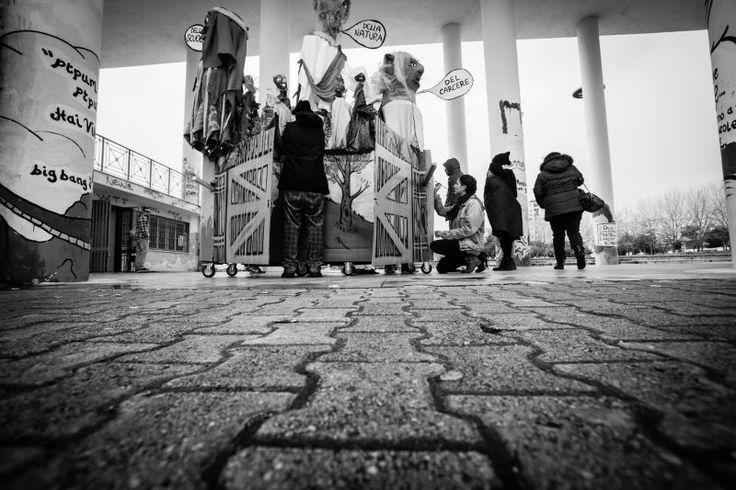 Questo mese #slowwords racconta la storia di Mammut con le parole di Giovanni Zoppoli, che abbiamo raccolto per la rubrica 'Osservatorio' dei #socialcohesiondays . Cosa è Mammut, cosa è Scampia, che vuol dire fare nuova pedagogia fuori dalle classi e dagli schemi - adulti, bambini, rom e tutta la società che ascolta?  Trovate qui un racconto di luoghi e persone che fanno, eccome se la fanno, differenza…