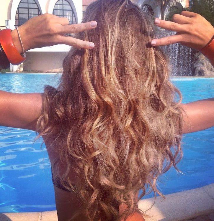 Summer curly hair, Nina Senicar hairstyle, hair by Elisa Rampi