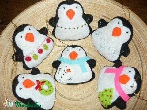 Pingvinek karácsonyfadísz (Bogicababa) - Meska.hu