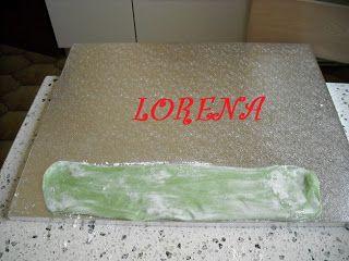 LE TORTE DI LORENA ....E NON SOLO!!!!!: Tutorial, vassoio ricoperto con pasta di zucchero