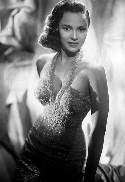 Дороти Дэндридж, 1940-е.