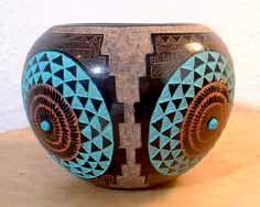 226px-188px-Zuni Pueblo Pottery.jpg