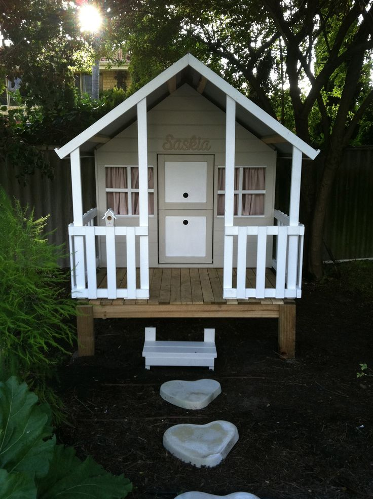 The cubby house we finished making for my daughters birthday today.