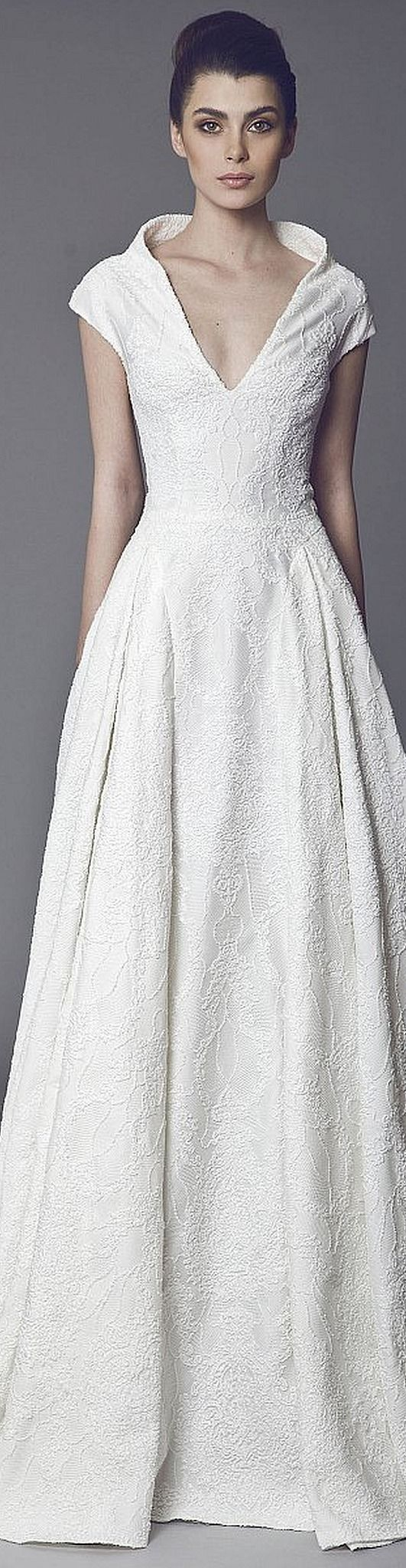 Done in a different color, it could be a great MOB dress. Tony Ward Bridal Fall-winter 2014-2015