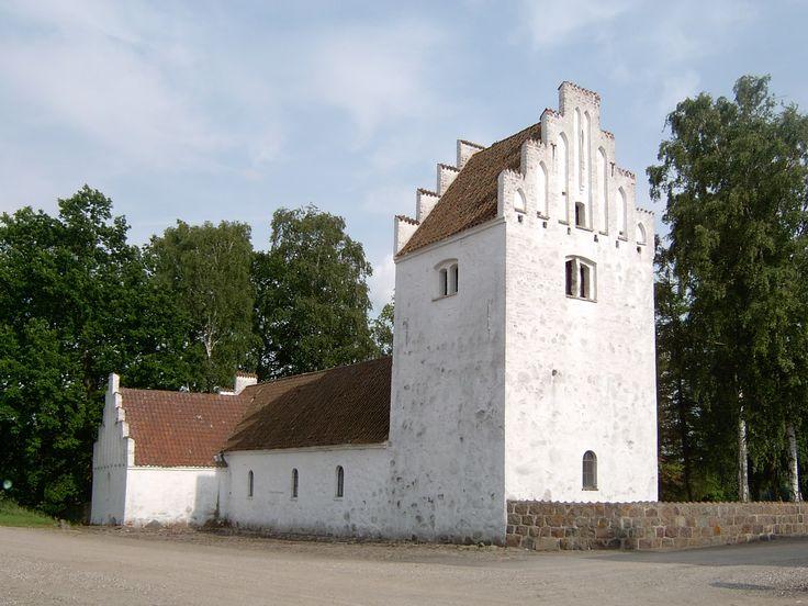 Aunsoe Old Church, Aunsø gamle kirke, Svebølle, Denmark. Photo: Kurt Thorleif Jensen.