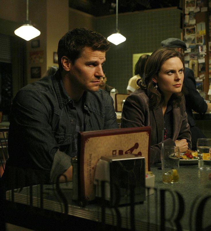 Bones Season 2 - Priest in the Churchyard | Emily Deschanel as Dr. Temperance Brennan David Boreanaz as Special Agent Seeley Booth ©2007 Fox Broadcasting Co. Cr: Isabella Vosmikova/FOX
