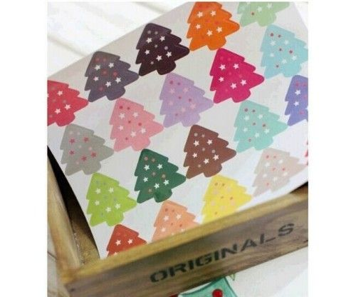 Fenyőfa matrica karácsonyi ajándék csomagolásához - egyedi, kreatív csomagolás készítéséhez
