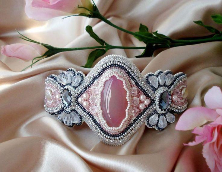 """""""Powder Rose"""" - beademboidered bracelet - by NellyDesign"""