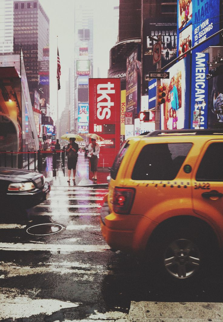 Times Square in the rain.(by Moey Hoque)