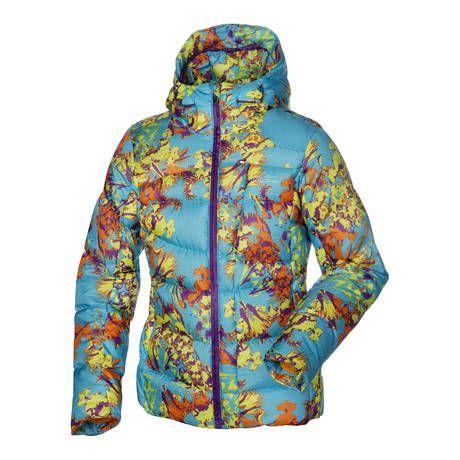 Halti Nunnu on erityisen lämmin ja käyttömukava naisten untuvatäytteinen takki, joka soveltuu hyvin myös lasketteluun (429,95€) #Halti #DownJacket