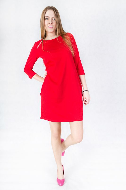 Red jersey dress: http://wondersfashion.pl/womans-dress-with-pockets-woman-p-114.html
