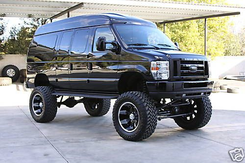 """Ford Van 4x4 SCX10 Style """"Project Border Patrol """" Scale"""