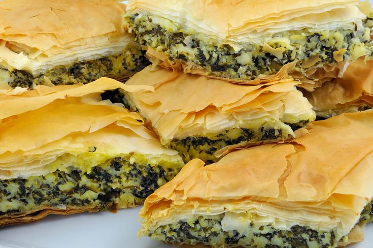 Spinach pie with feta cheese (spanakopita) | Kitchen Secret: Tools, Ingredients, Recipes, Books