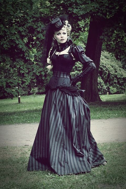 17 Best Images About Steampunk Fashion 101 On Pinterest
