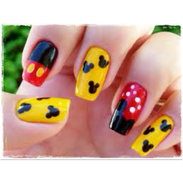 Disney nails - The 23 Best Images About Disney Nail Designs On Pinterest Nail