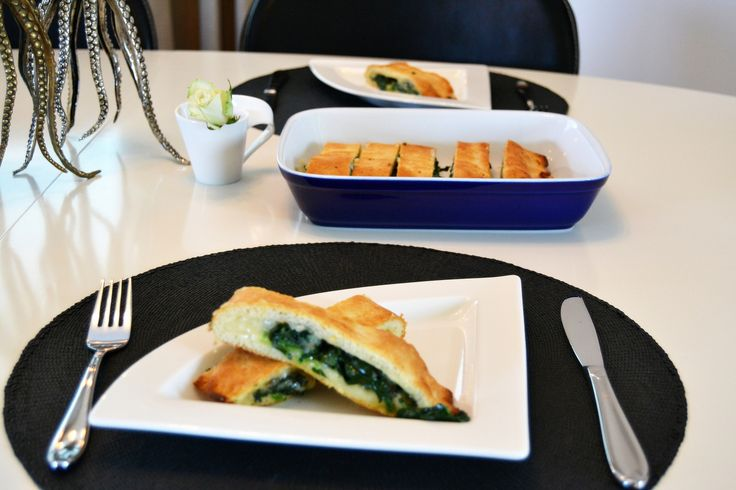 Stuffed bread with spinach and cheese
