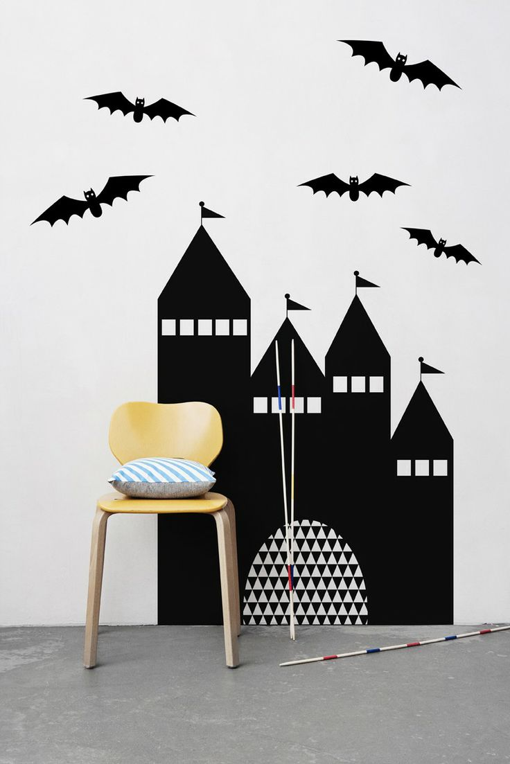 155 best plak de sticker images on pinterest wall stickers with castle wall sticker you can change the apperence of your childs room in matter of minutes with the wallsticker a chalk is included wich makes it a fun